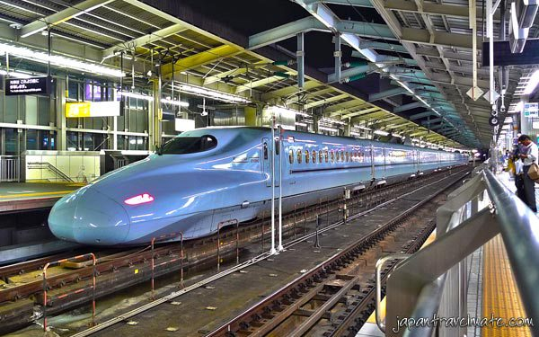 bullet-train-shinkansen